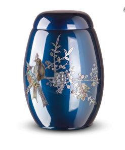 Glasfiber urn, donkerblauw met vogels van parelmoer