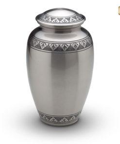 Urn matte zilverkleur met bladgravure