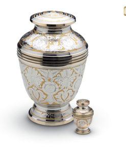 Urn zilverkleurig met goudkleurige messingband en decoratie