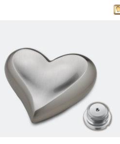 Messing urn hart zilver geborsteld