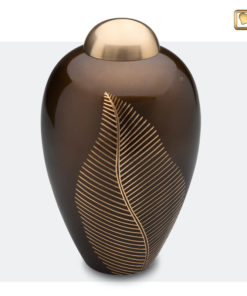 Premium Urn Goudbruine messing met bladgravure A541
