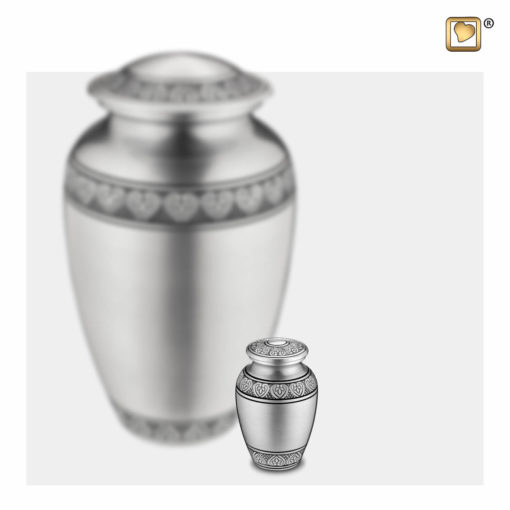 Premium Urn mat zilver met bladgravure A210 set