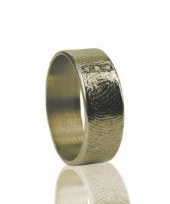 Gouden ring met vingerafdruk en 3 zikronia stenen