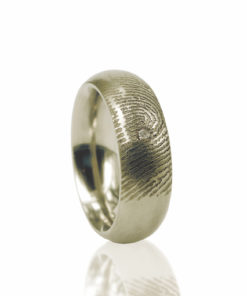 Gouden ring met vingerafdruk en zirkonia steen