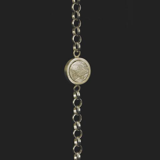 Gouden armband, kettinkje met ronde vingerafdruk