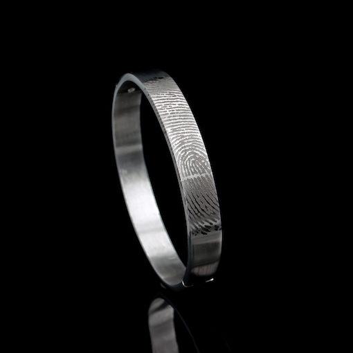 Zilveren stijve armband met vingerafdruk