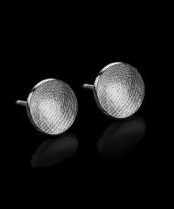 Zilveren oorbel met vingerafdruk, rond